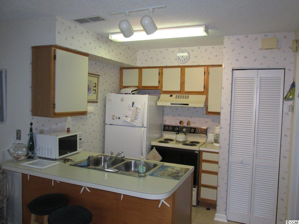 Contact your Realtor for this 1 bedroom condo for sale at  Island Green
