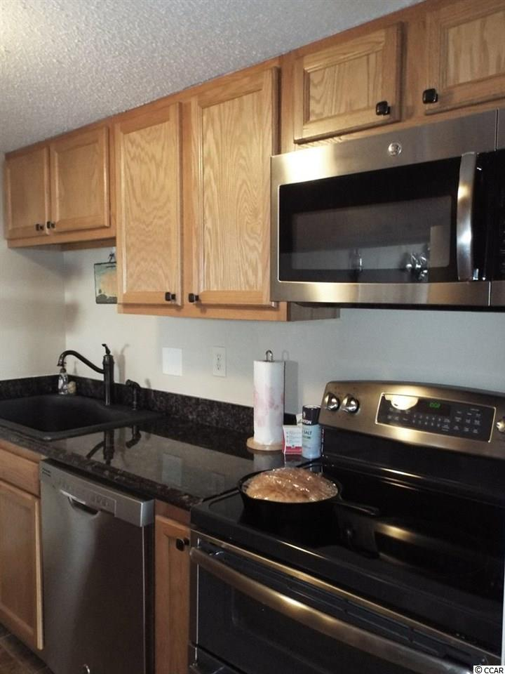 3 bedroom condo at 601 Mitchell Dr