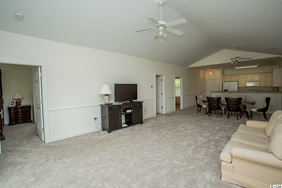 Magnolia Pointe condo at 4843 Luster Leaf Circle for sale. 1716525
