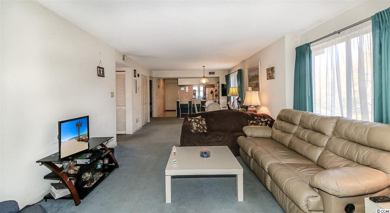 2 bedroom condo at 223 Maison Dr.
