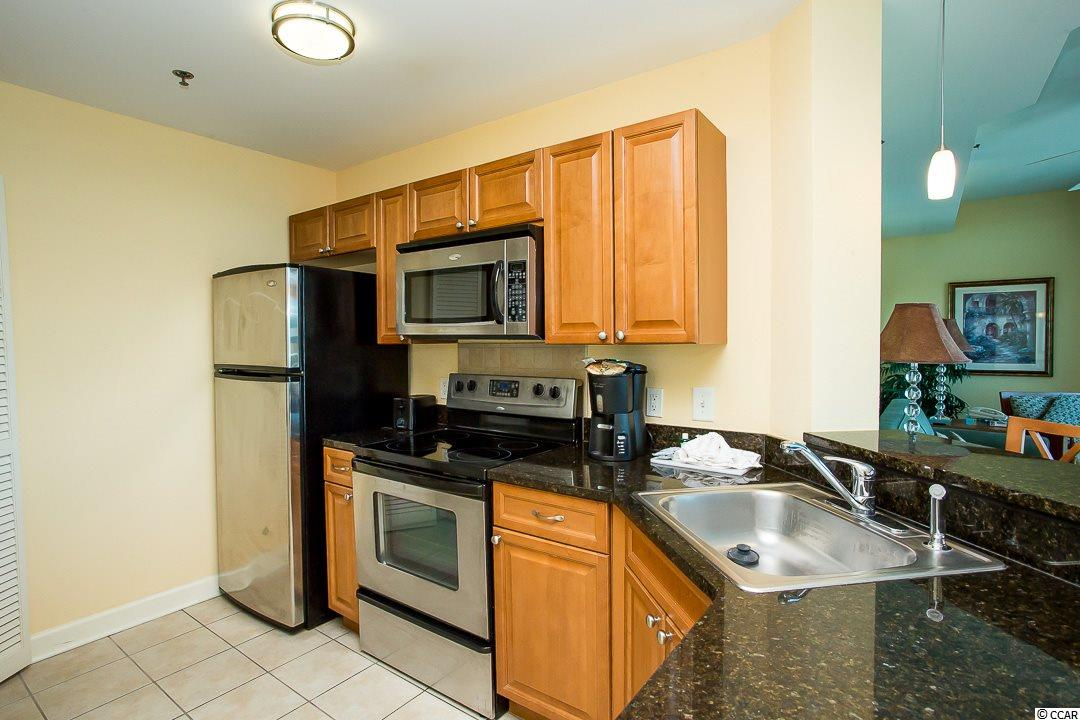 Contact your Realtor for this 1 bedroom condo for sale at  The Horizon at 77th N.