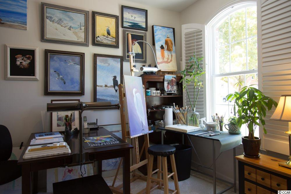 2 bedroom  The Townhomes At Market Common condo for sale
