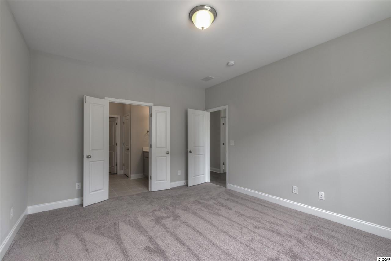 3 bedroom condo at 1064 Longwood Bluffs Circle