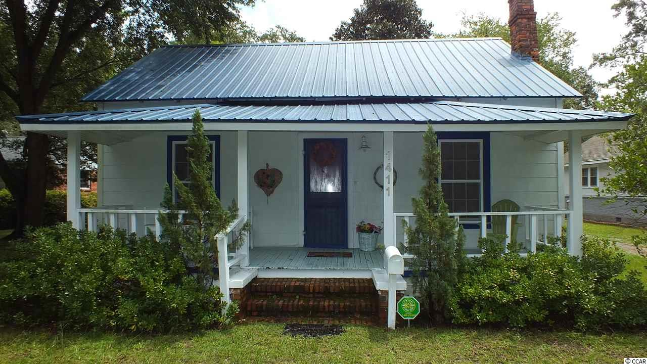 Single Family Home for Sale at 1411 10th Avenue 1411 10th Avenue Conway, South Carolina 29526 United States