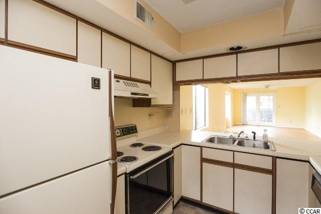 2 bedroom condo at 223 Maison Dr