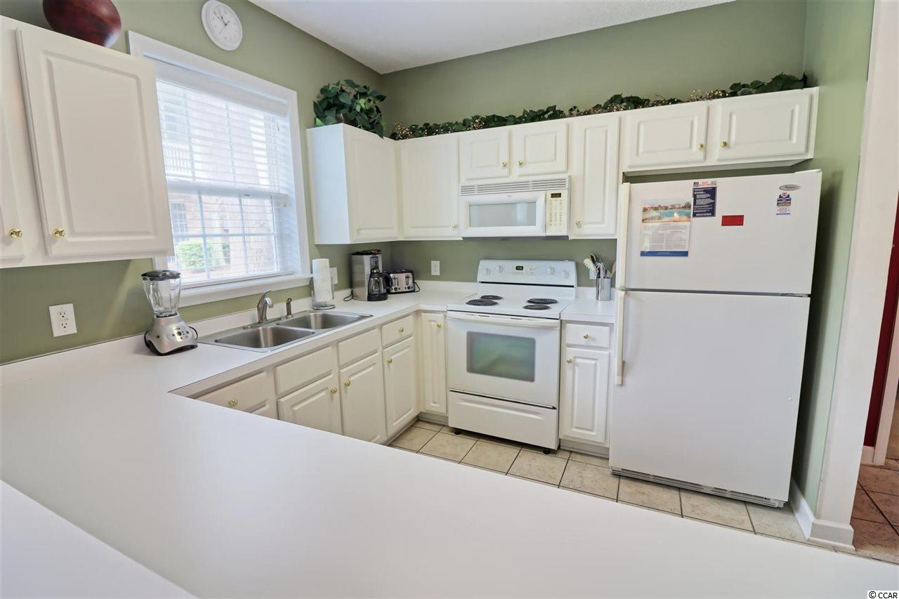 3 bedroom condo at 5801 Oyster Catcher Dr