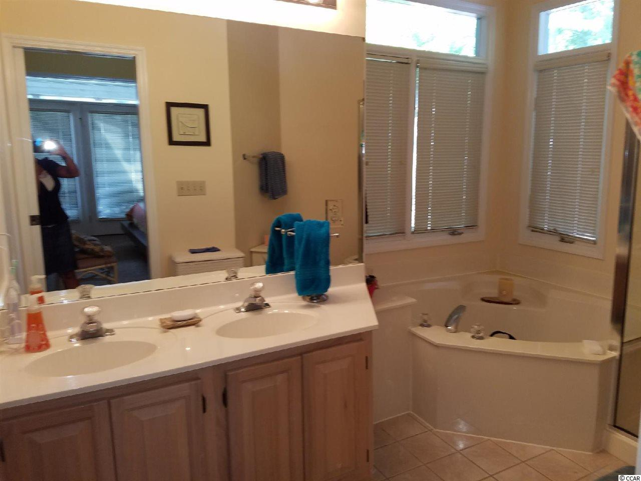 Teal Lake Village condo at 2514 Teal Lake Drive for sale. 1718038