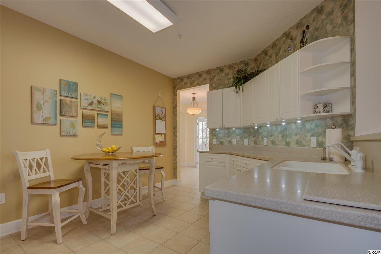 condo for sale at  Greenbriar @ Barefoot for $235,000