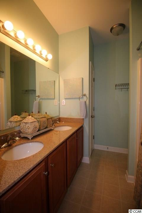condo at  St James Square for $194,000