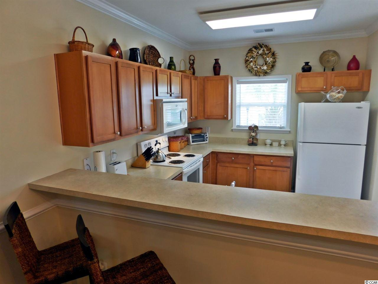 Willow Bend condo at 6253 Catalina Dr for sale. 1718852
