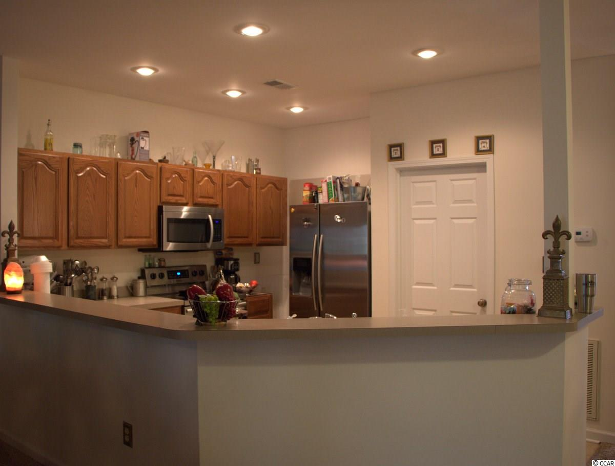 Pipers Glen condo at 606 Pipers Ln for sale. 1718888