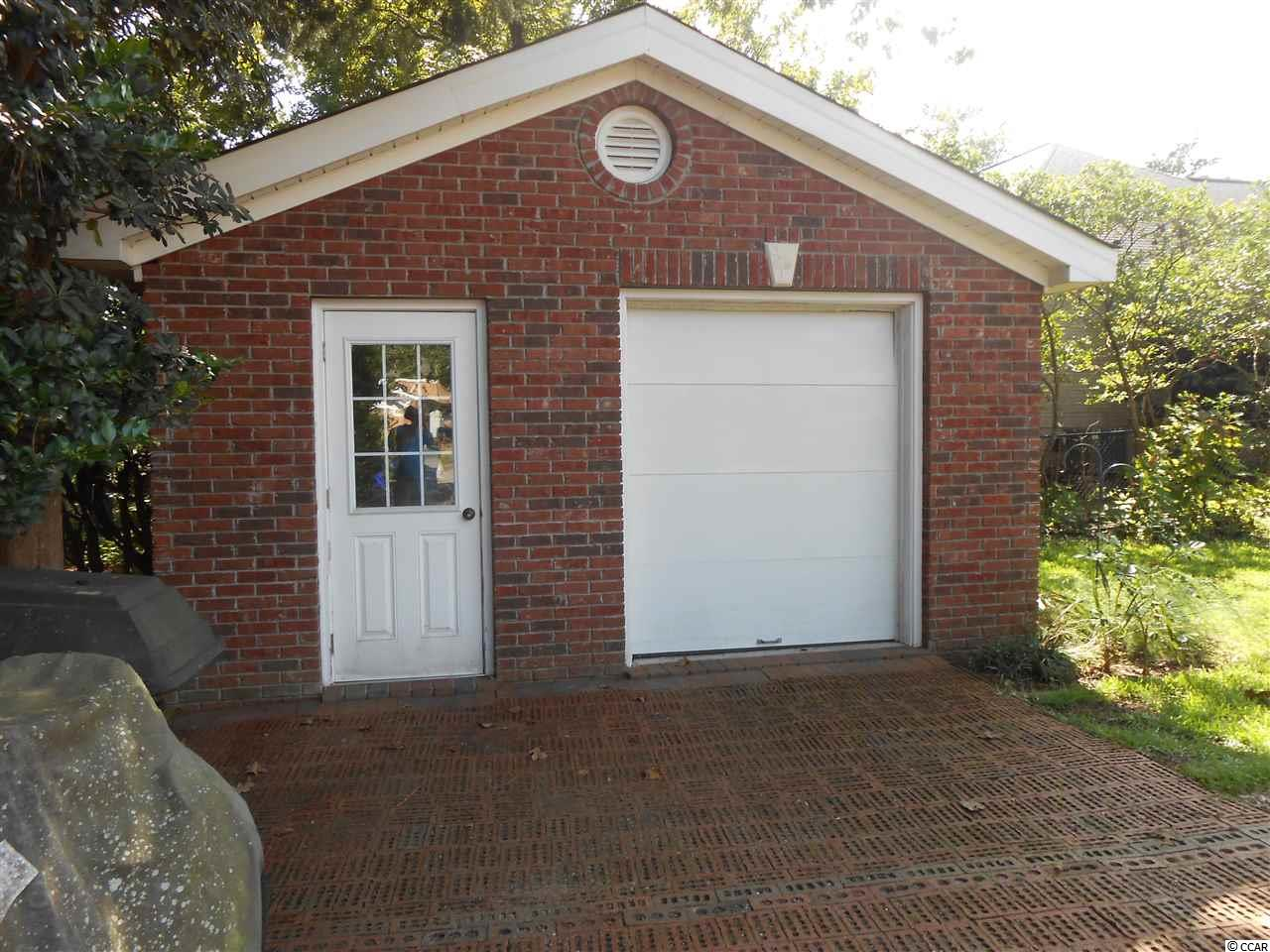 This 3 bedroom house at  Dogwood Lake is currently for sale