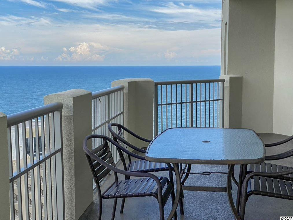 Royale Palms condo at 9994 Beach Club Drive for sale. 1719326