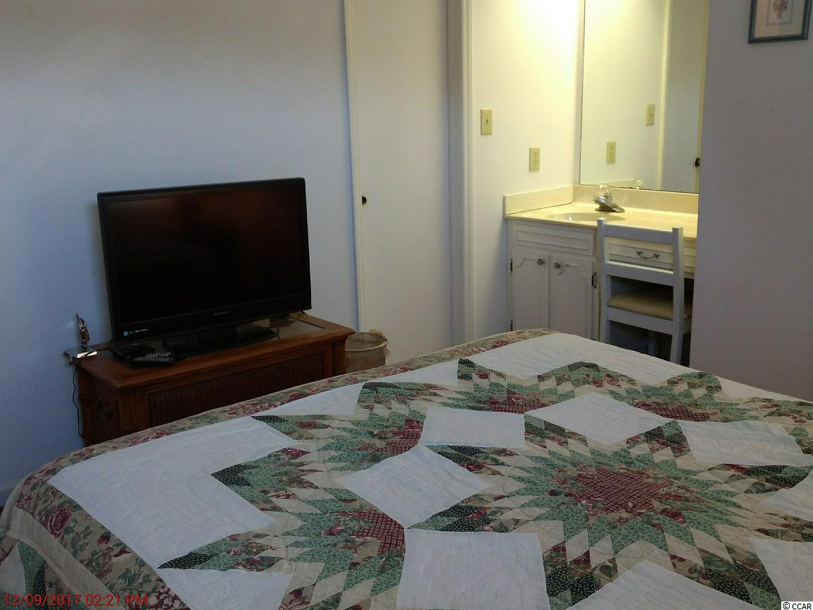 2 bedroom condo at 405 13th Ave South