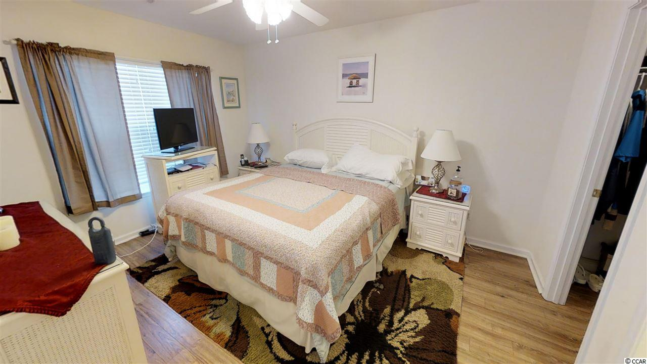 Orchards at the Farm condo at 1076 Harvester Circle for sale. 1719711