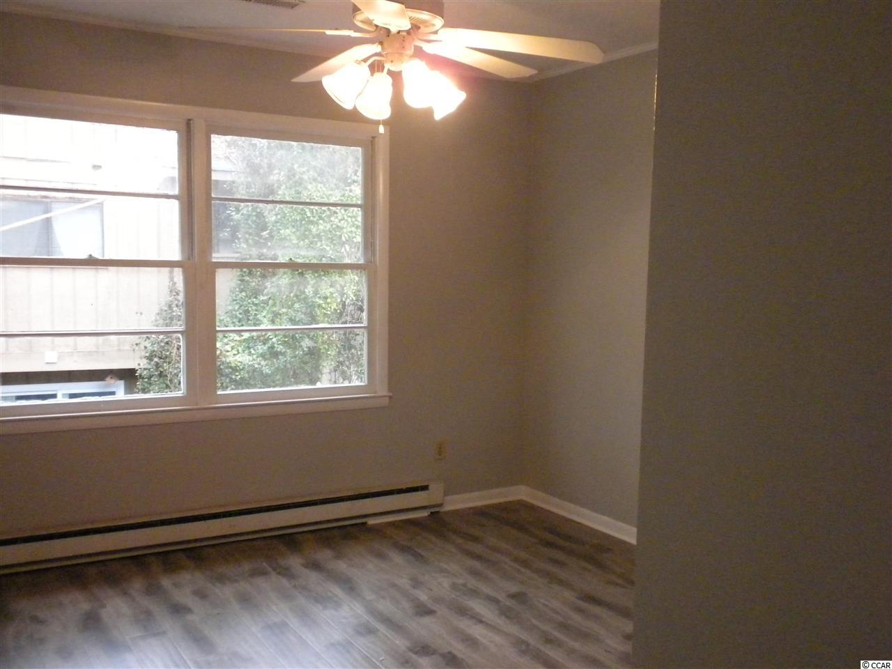 condo at  OAKLAND HEIGHTS for $95,000