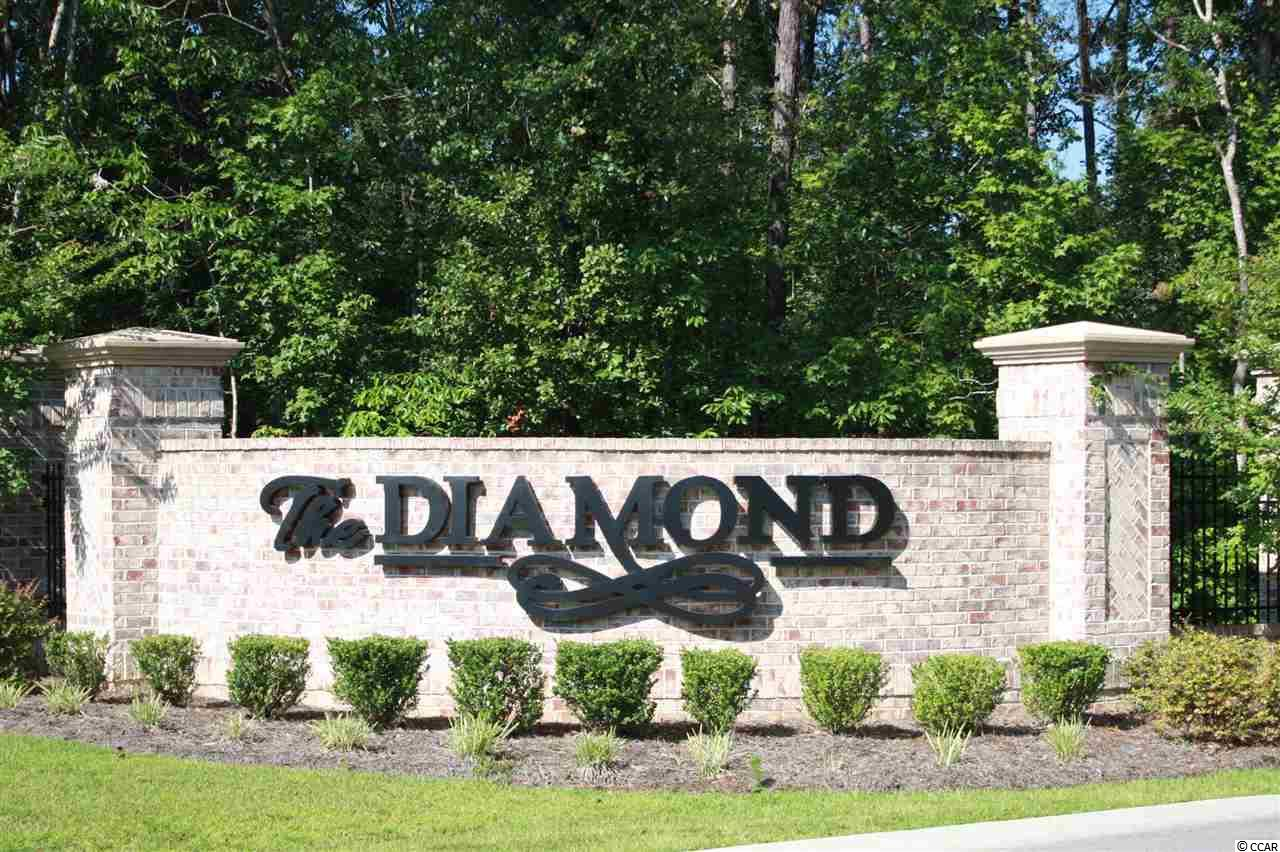 condo for sale at  The Diamond for $139,650