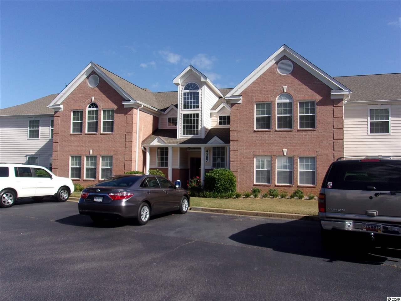 Lake/Pond View Condo in RIVERWOOD : Murrells Inlet South Carolina