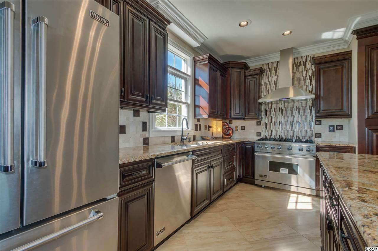 Additional photo for property listing at 4391 Bayshore Drive 4391 Bayshore Drive Little River, South Carolina 29566 United States