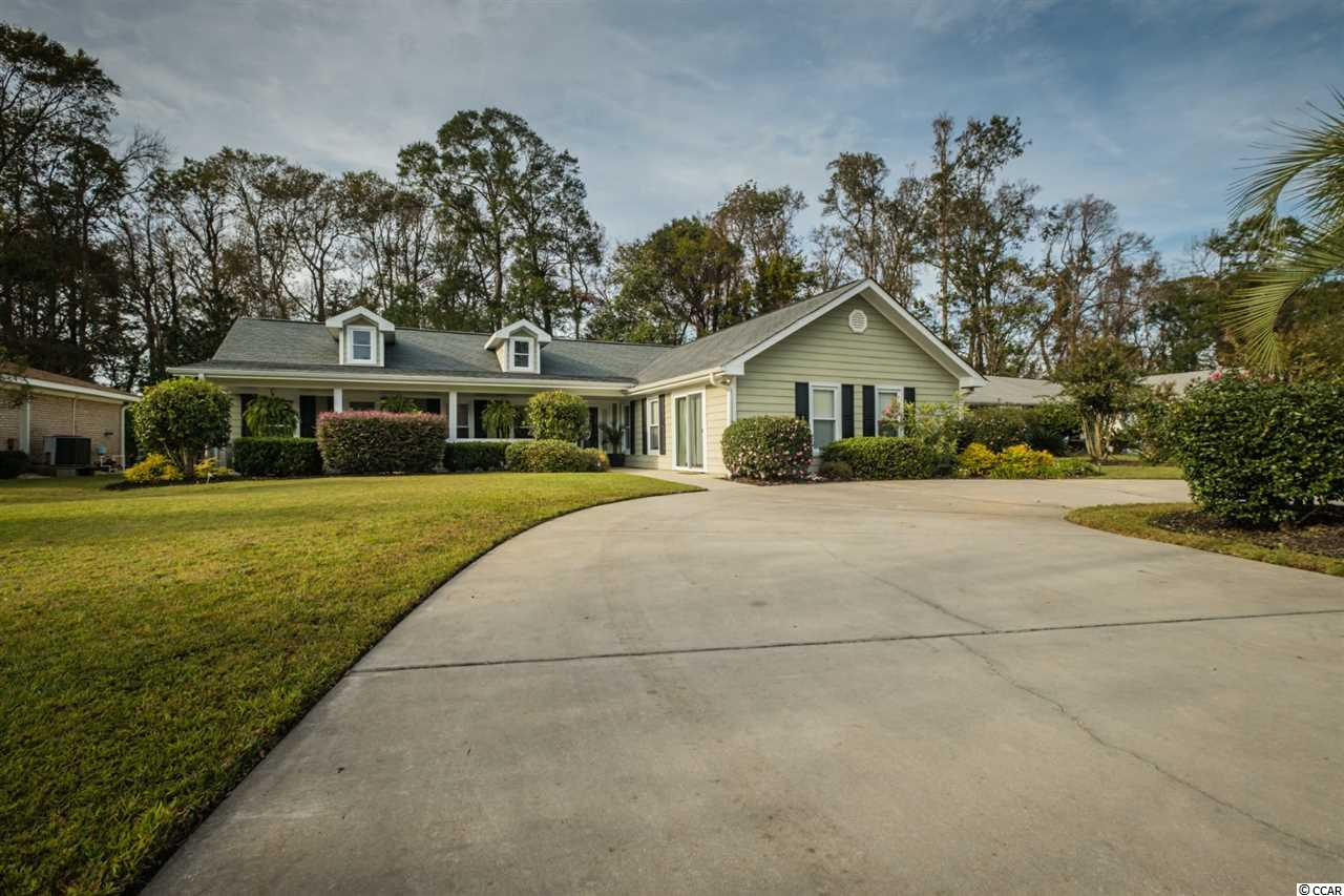 house for sale at 571 Circle Dr.