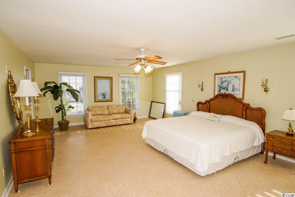 Additional photo for property listing at 2020 S Waccamaw Drive 2020 S Waccamaw Drive Murrells Inlet, Carolina Del Sur 29576 Estados Unidos