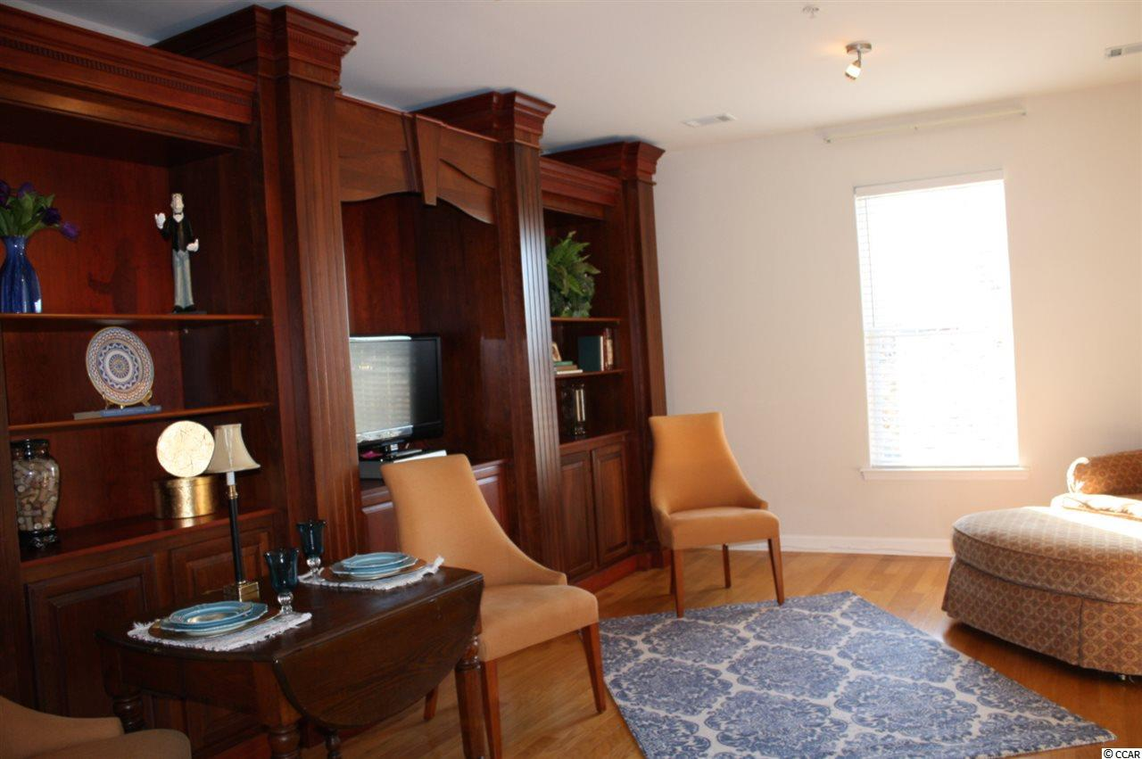 Market Common Live/Work condo at 2922 Howard Ave. for sale. 1800225