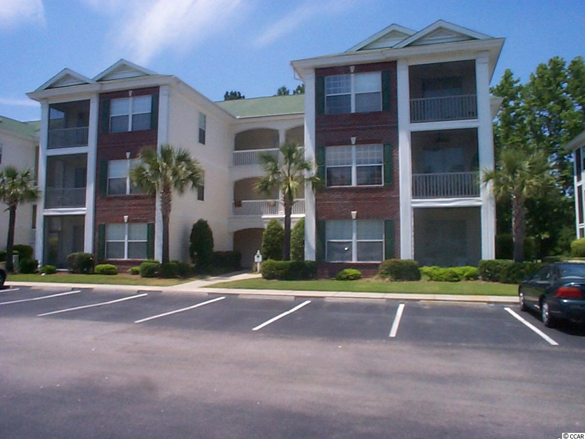 Lake/Pond View,End Unit Condo in The Fairways At River Oaks : Myrtle Beach South Carolina
