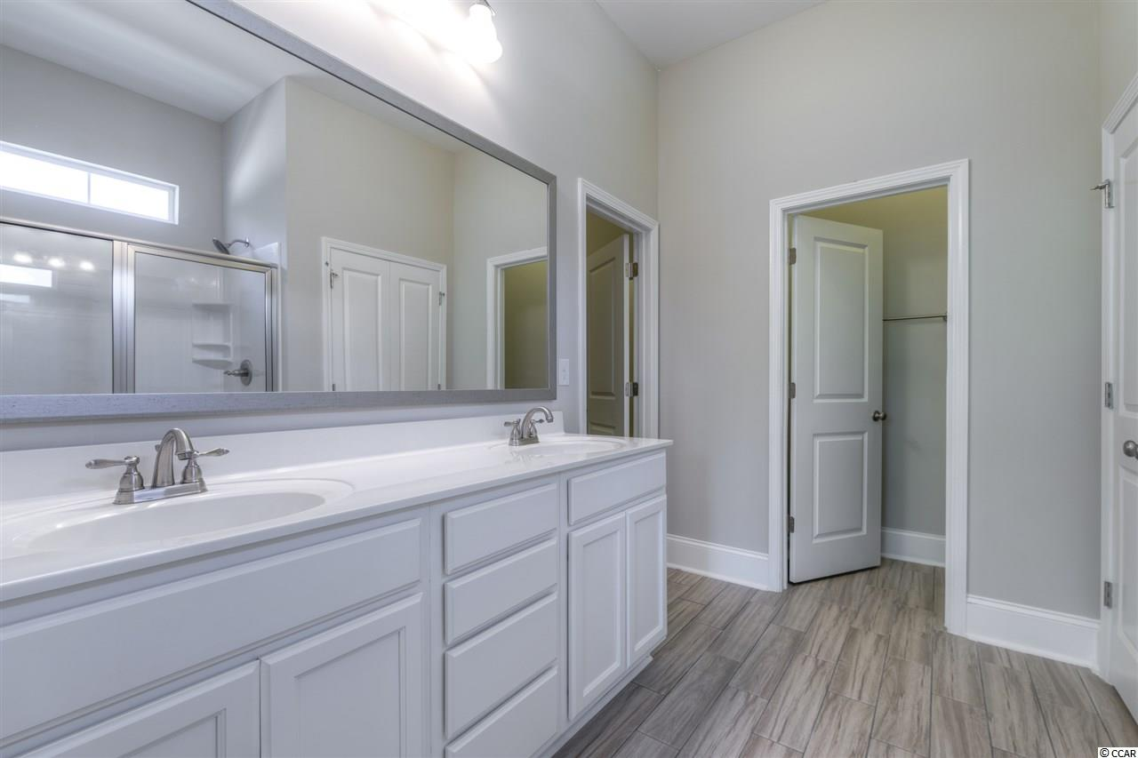Additional photo for property listing at 1047 Longwood Bluffs Circle 1047 Longwood Bluffs Circle Murrells Inlet, South Carolina 29576 United States