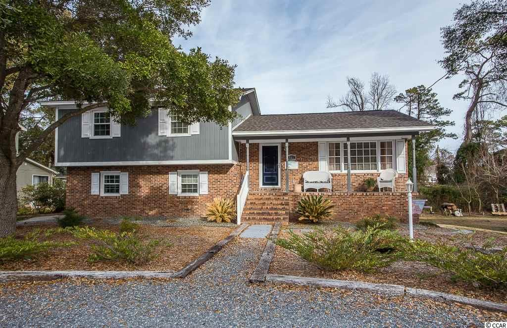 Single Family Home for Sale at 516 S 6th Avenue 516 S 6th Avenue Surfside Beach, South Carolina 29575 United States