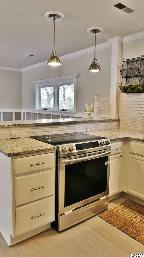 Additional photo for property listing at 19 Springfield Road 19 Springfield Road Pawleys Island, South Carolina 29585 United States