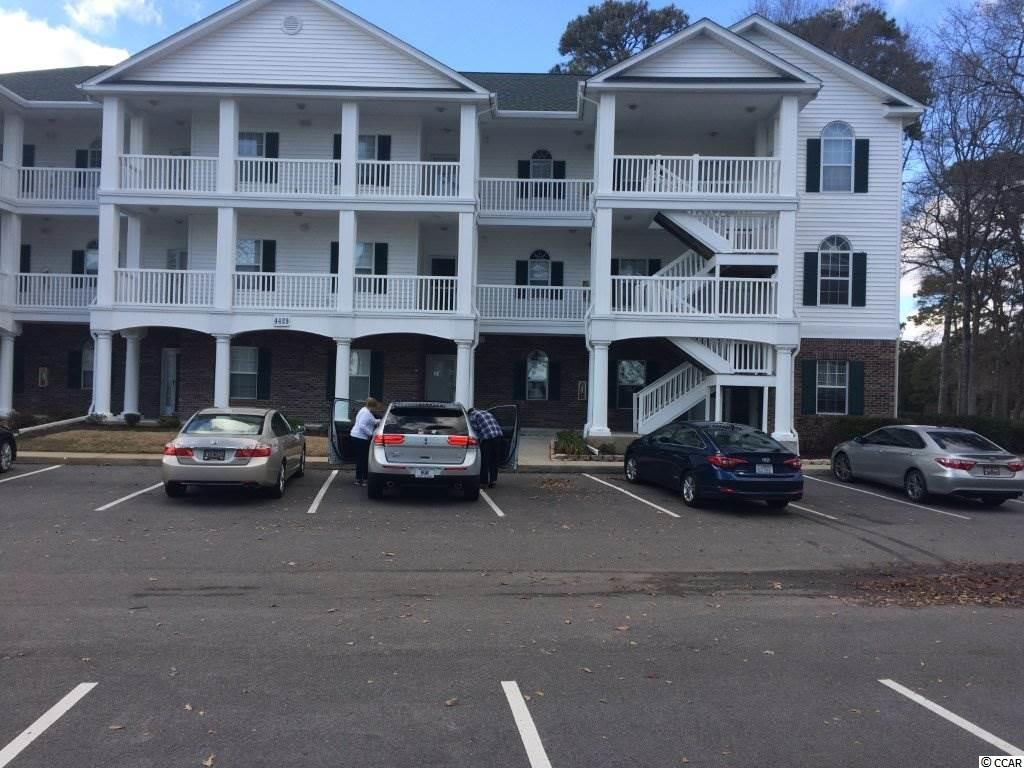 Golf Course View,Waterway View,Lake/Pond View,End Unit Condo in MOORINGS, THE E : Little River South Carolina