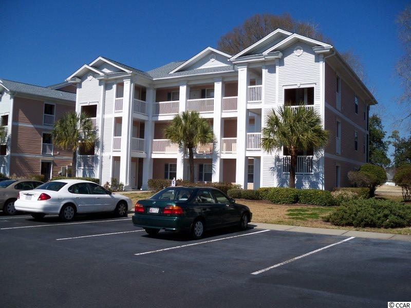 Golf Course View,Lake/Pond View,End Unit Condo in WATERWAY VILLAG : Myrtle Beach South Carolina