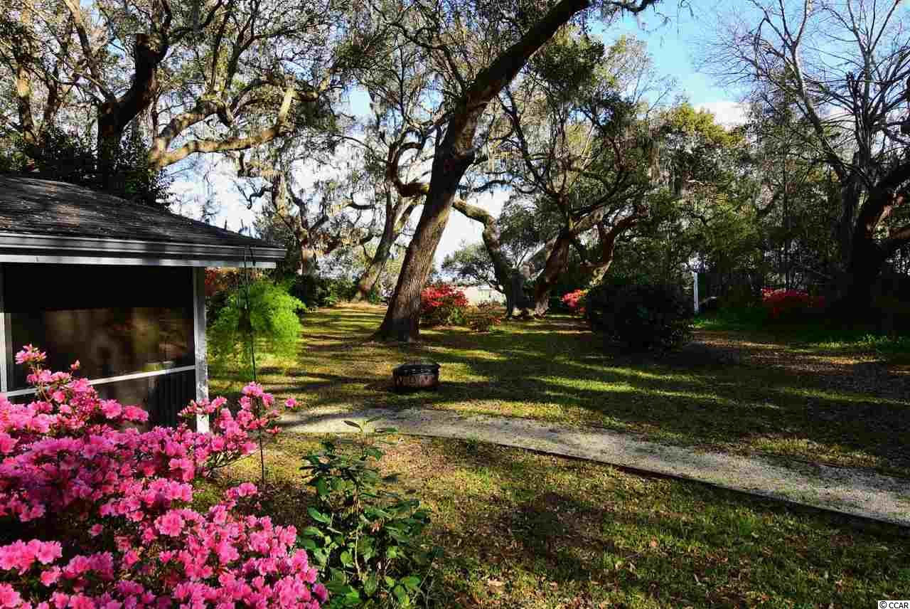 3 bedroom  Pawleys Island Woods house for sale