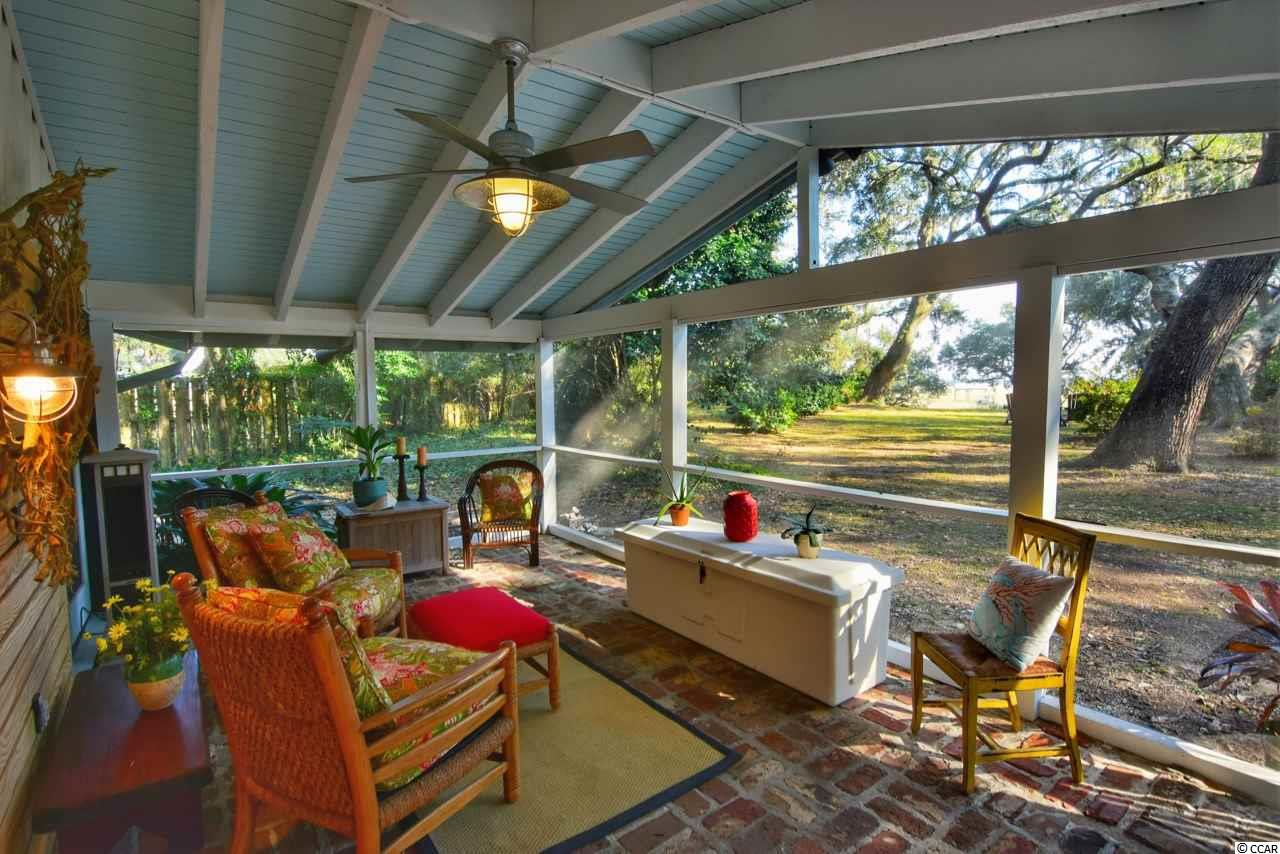 house for sale at  Pawleys Island Woods at 190 Live Oak Ln. Pawleys Island, SC