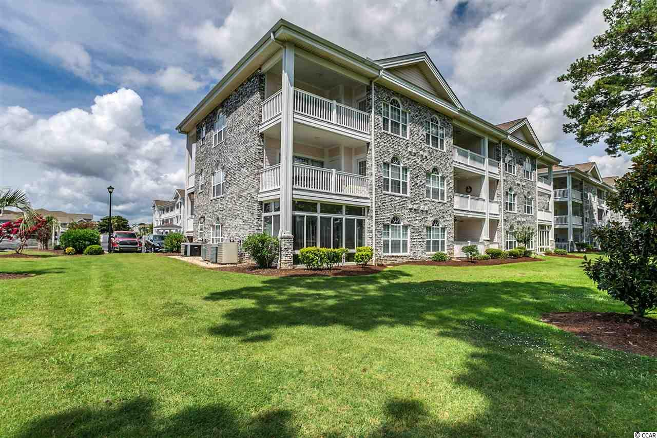 End Unit Condo in Magnolia Place : Myrtle Beach South Carolina