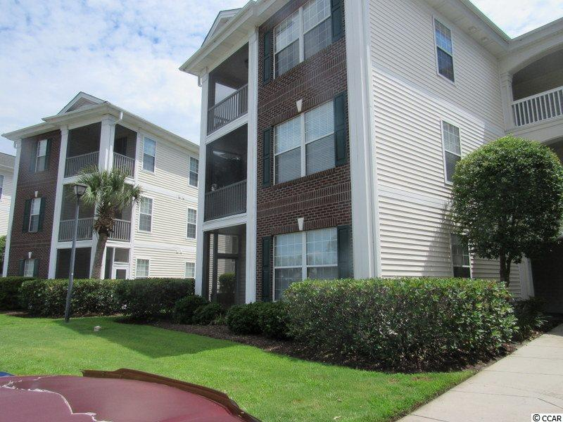 End Unit Condo in RIVER OAKS CONDOS : Myrtle Beach South Carolina