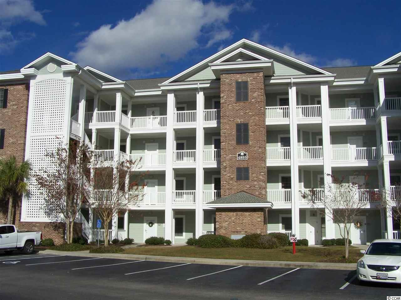 Lake/Pond View,End Unit Condo in Magnolia Pointe : Myrtle Beach South Carolina
