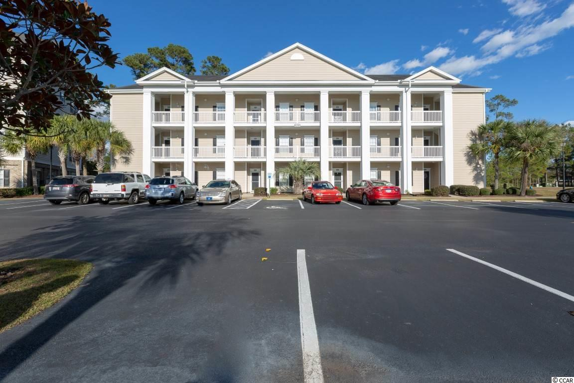 Golf Course View Condo in VILLAS @ INTERNATIONAL CLUB : Murrells Inlet South Carolina