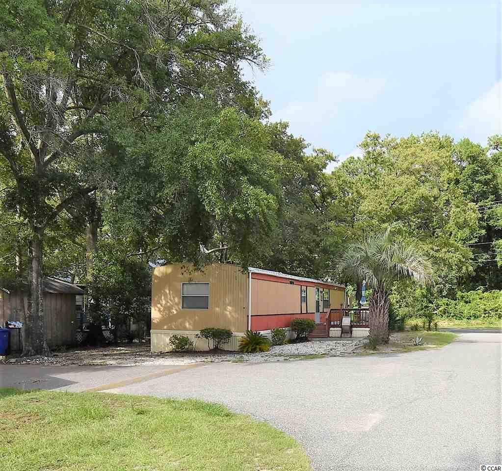Manufactured Leased Land MLS:1918229   811 N 16th Ave. N Surfside Beach SC