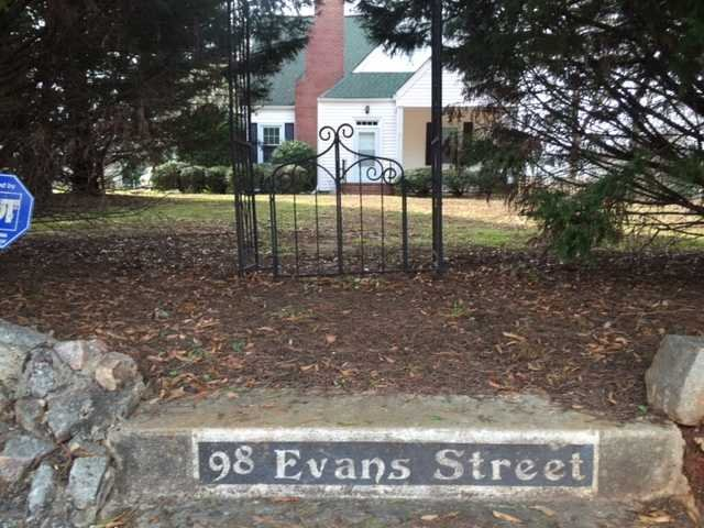 98  Evans Winnsboro, SC 29180