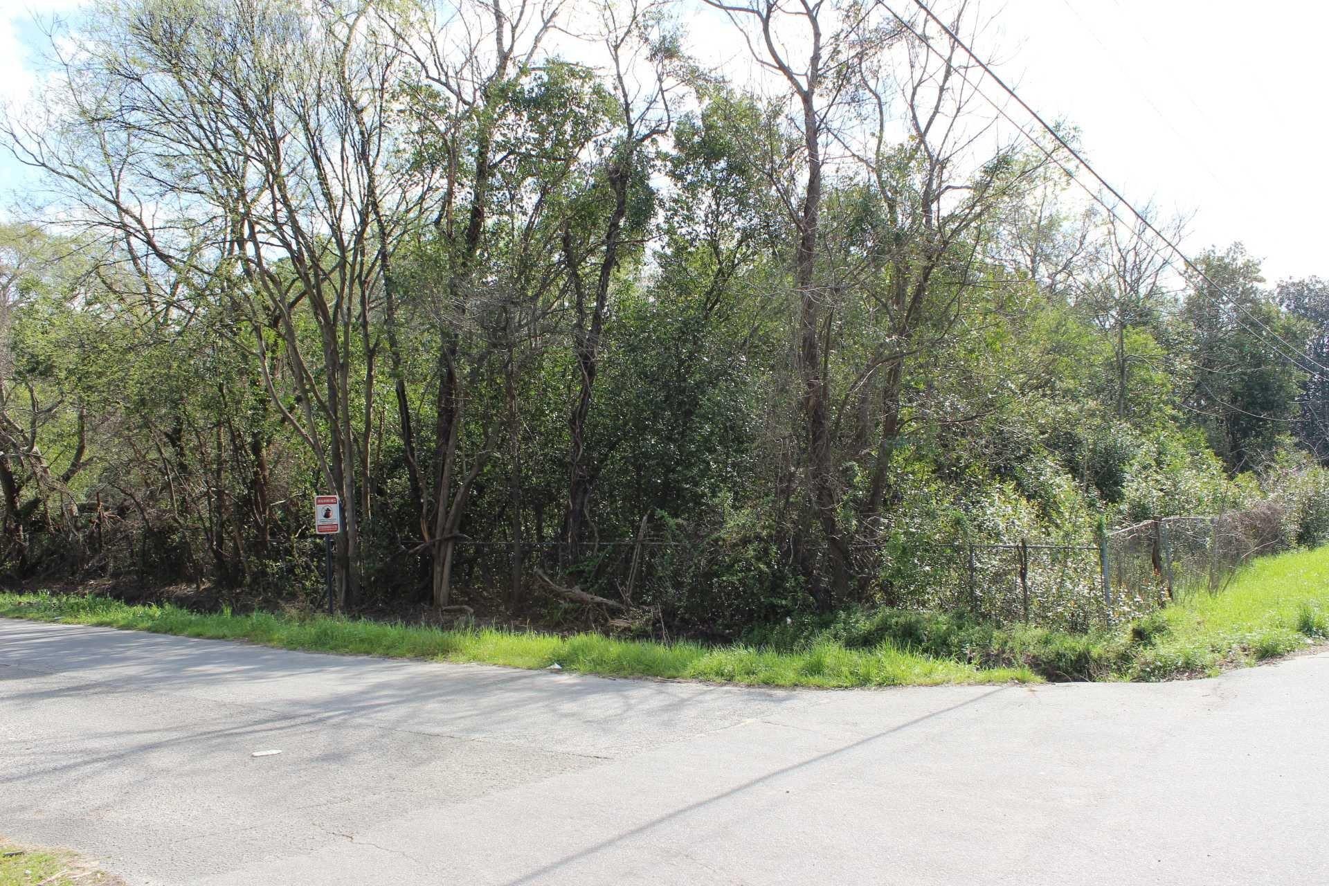 Hemlock Cayce, SC 29033