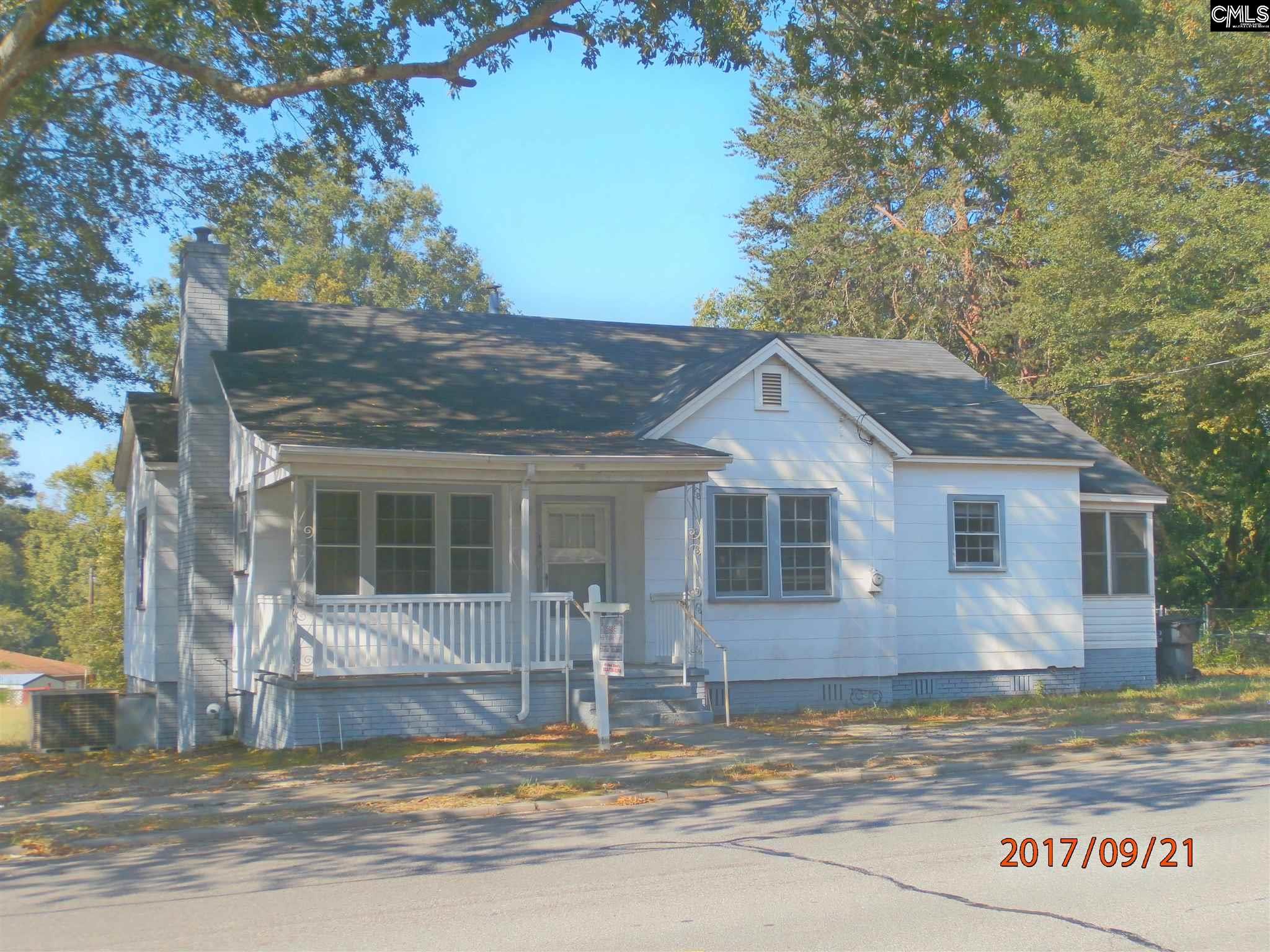 143 S Pine Batesburg, SC 29006