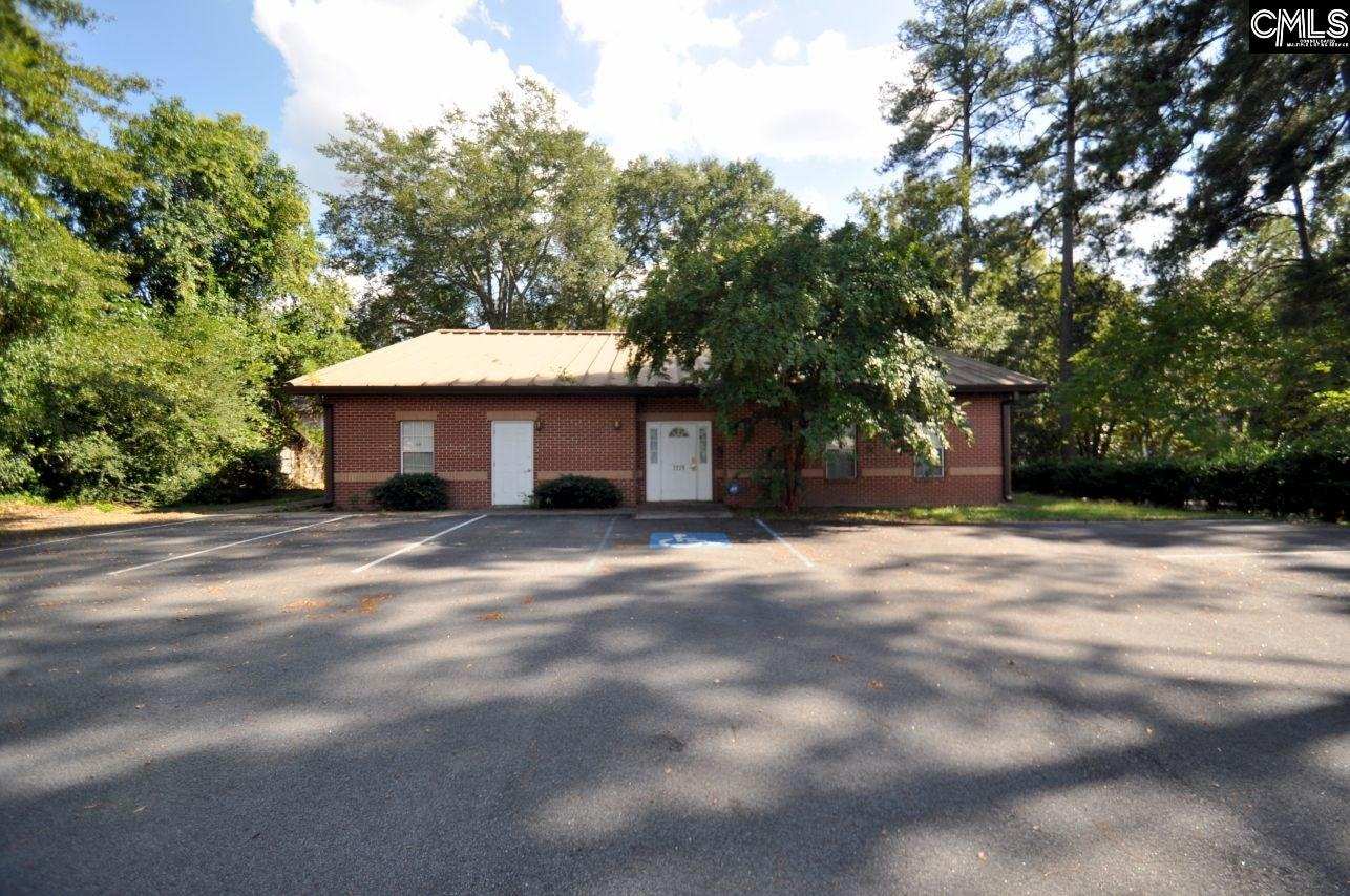 2220  Harrington Newberry, SC 29108