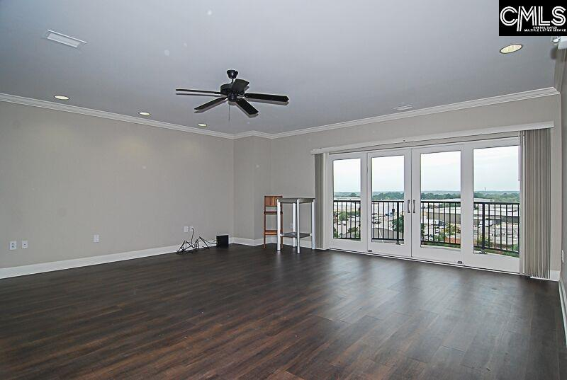 This gorgeous remodeled fully gated two bedroom unit is Game day ready! All new hardwoods throughout, natural lighting, granite countertops, stainless steel appliances and a balcony with a view! Enjoy every game right across from Williams Brice Stadium or on the roof top with live music. Very close to downtown, Ft. Jackson, USC and major interstates.
