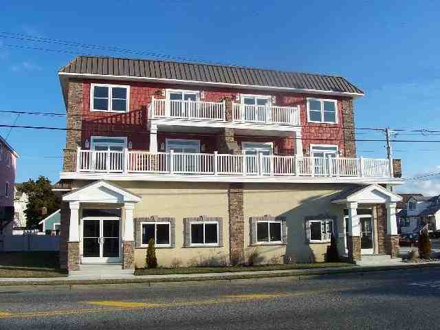Condo / Townhouse for Sale at 101 E 18th 101 E 18th North Wildwood, New Jersey 08260 United States