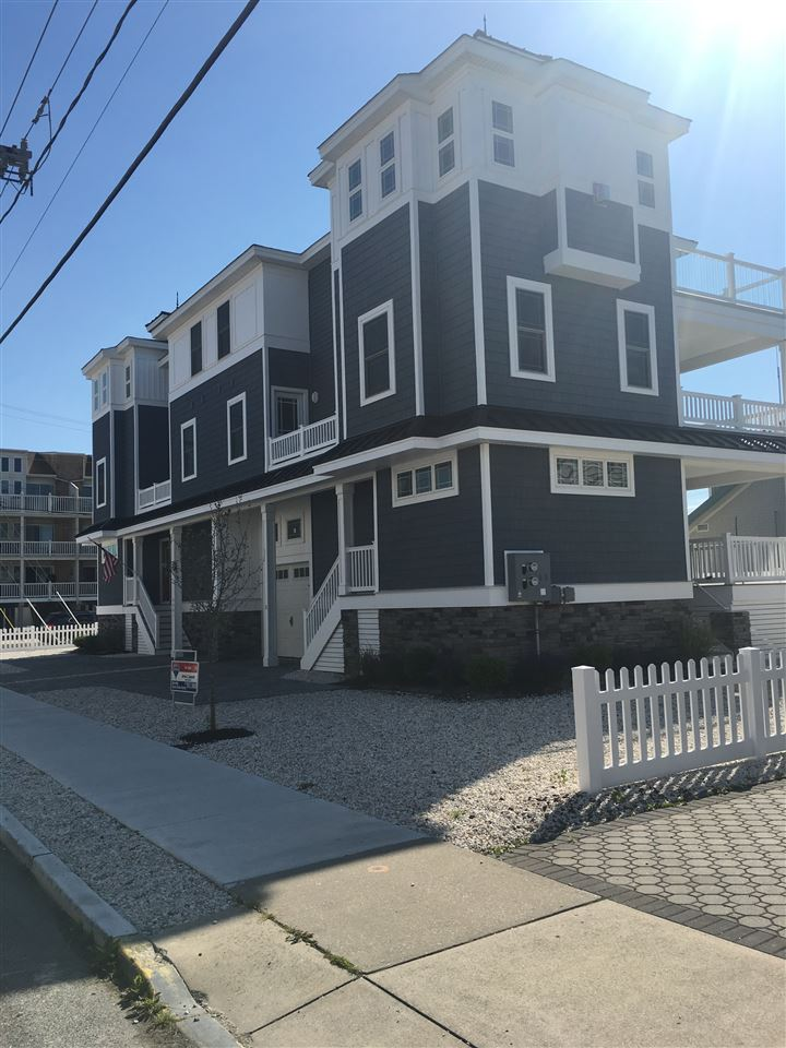 18 44th Street, Sea Isle City, NJ 08243