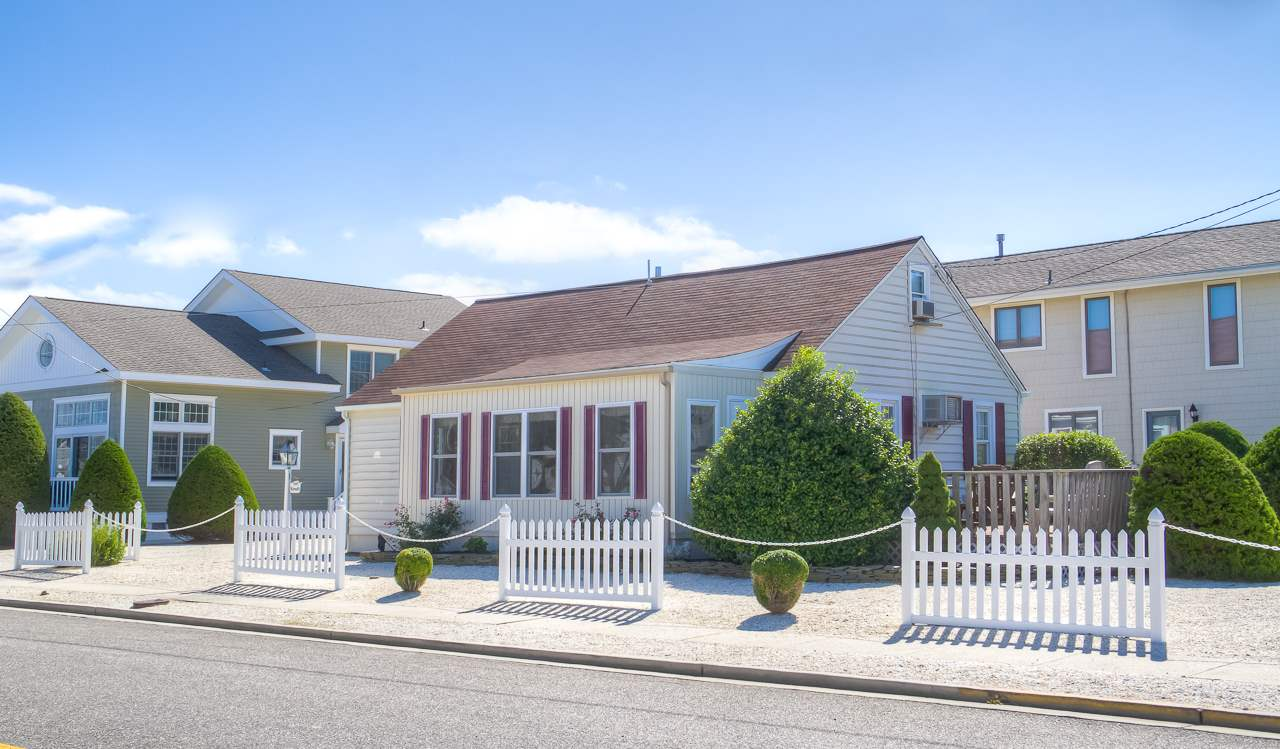 298 46th Street, Avalon