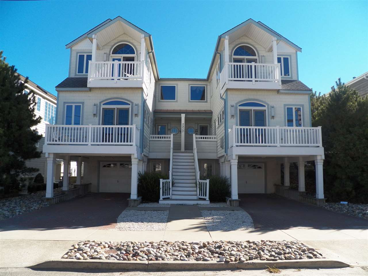 7317 Pleasure Ave. North, Sea Isle City, NJ 08243