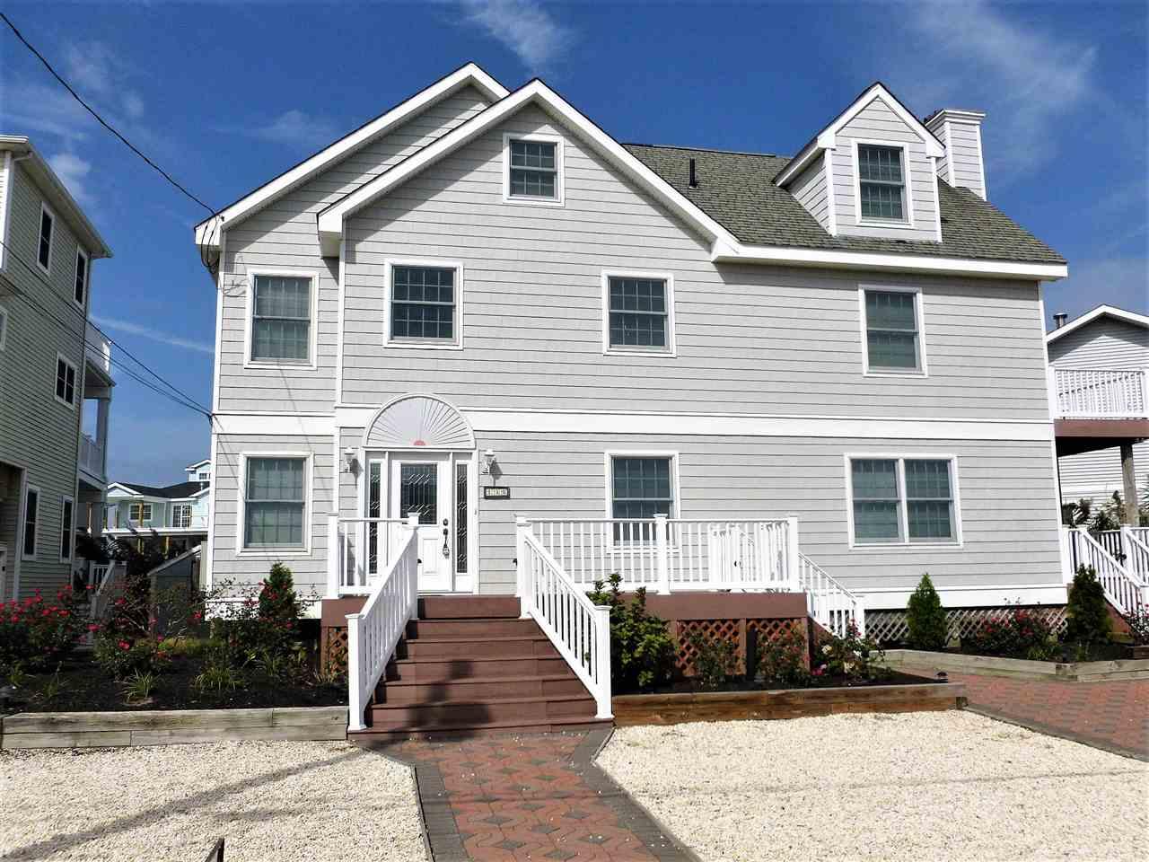 130 Meadowview, Avalon Manor