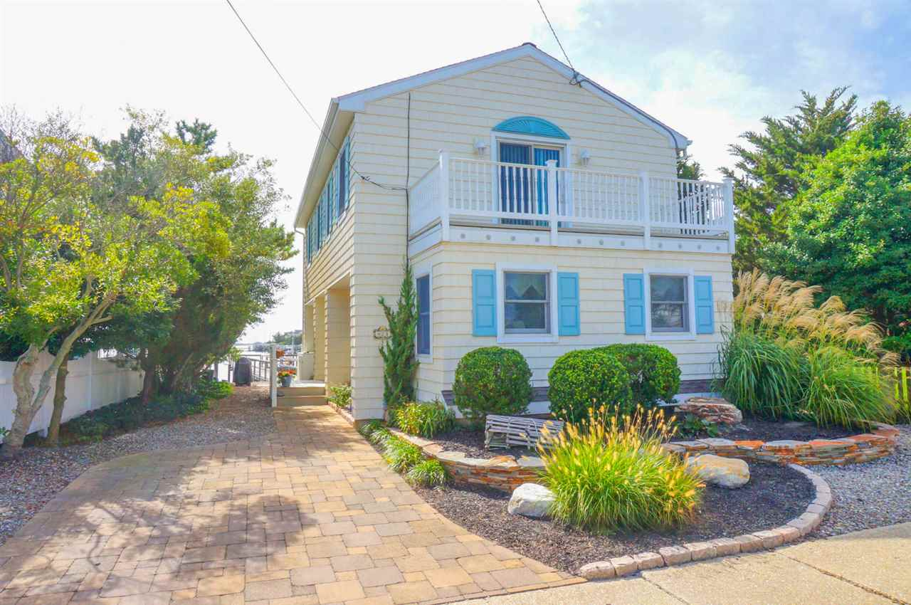 423 104th, Stone Harbor